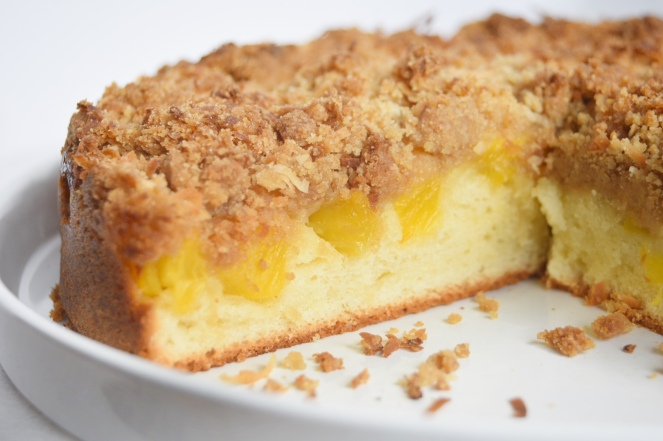 Crumb Pineapple cake